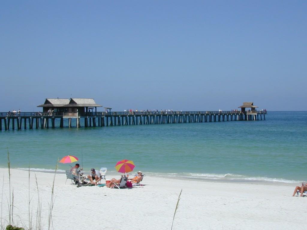 naples-beach-pier