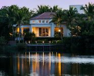 World Class Olde Naples Gulf View Homes